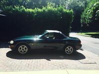 Mazda MX-5 for sale, 1.8L, leather, 11 months MOT, BRAND NEW ROOF