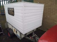 Mini caravan pod