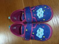 Clarks girls slippers with a colourful cloud and raindrop pattern size 11