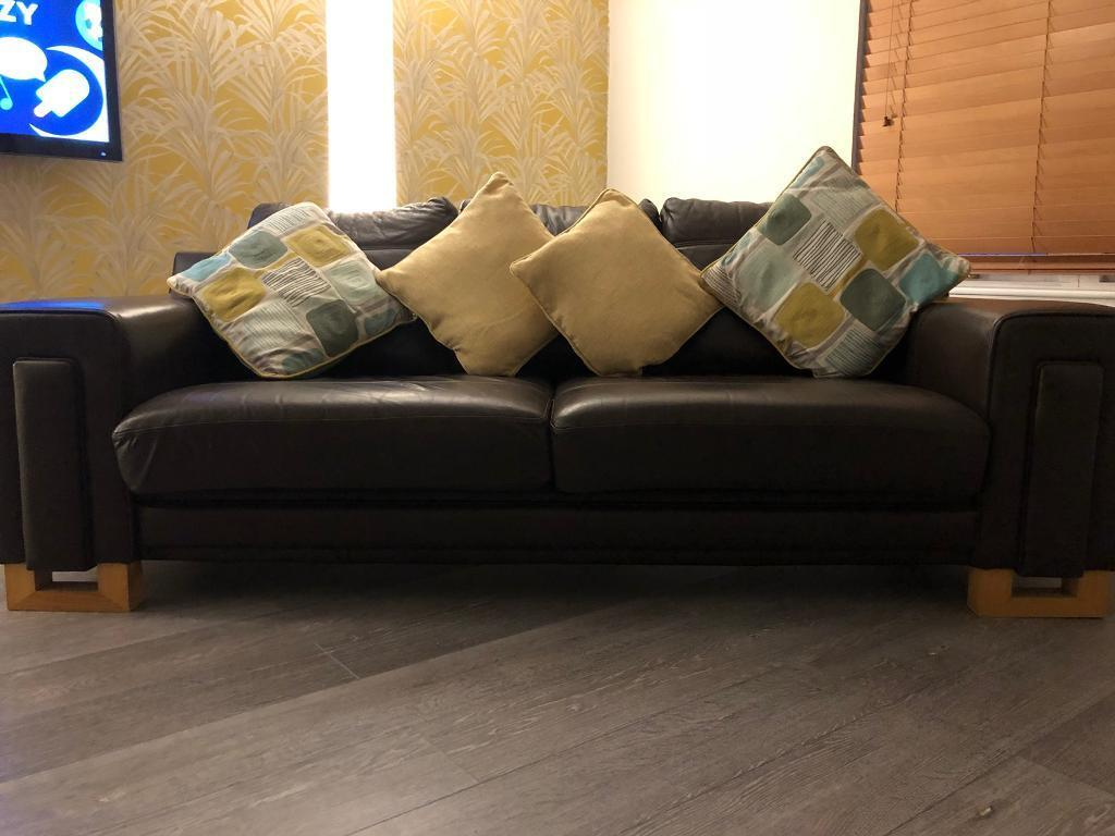2 Amp 3 Seater Leather Sofas In Dundee Gumtree