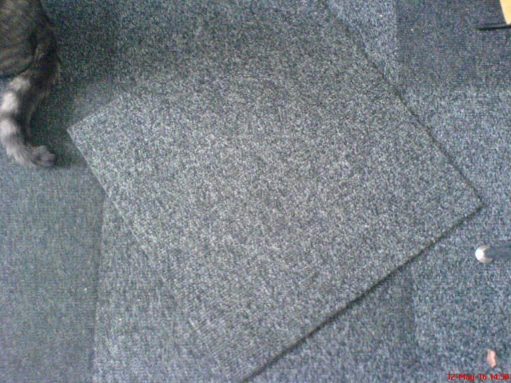 38 Charcoal grey fleck, ribbed carpet tiles. Thick quality. Used : in Atherstone, Warwickshire ...
