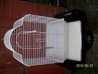LARGE BIRDCAGE SUITABLE FOR ANY BIRD,S UP TO A PARROT AS NEW