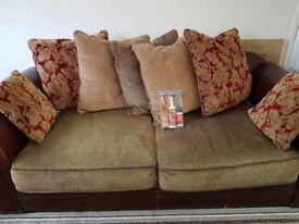 3&2seater sofa