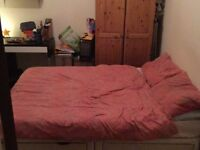 Double room to rent in the Pontypridd/Treforest area