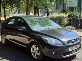 BARGAIN Ford Focus 1.6 Zetec Petrol Fully Serviced