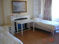 Nice double room to let in Newington area for full time students