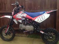 Stomp z2 140cc pit bike
