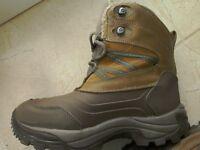 Hi Tec Snow Peak 200 Womans Boot Size UK 5 Waterproof snow boot