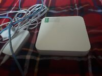 Apple Airport Express (WiFi Extender)