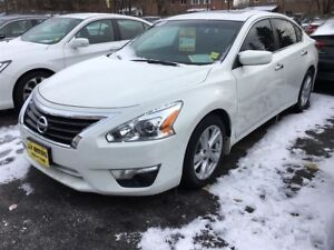 2013 Nissan Altima 2.5 SV, Auto, Sunroof, Heated Seats