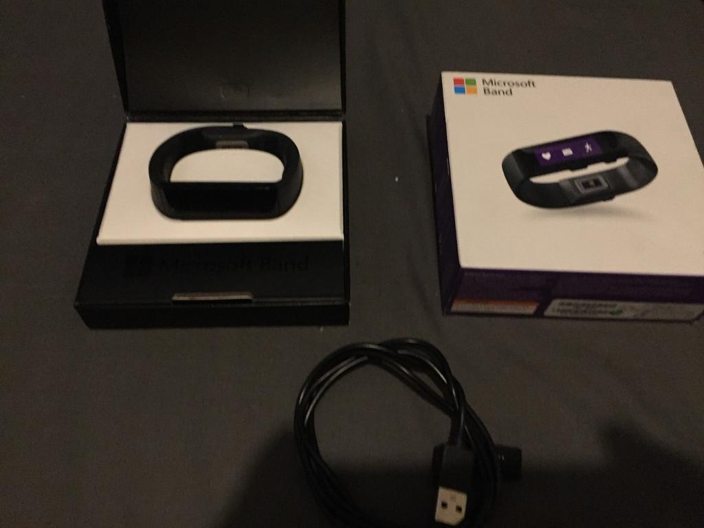 Microsoft band medium