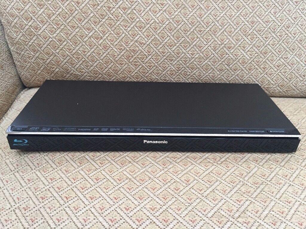 Panasonic Blu-Ray DVD Player DMP-BDT220 HDMI USB SD