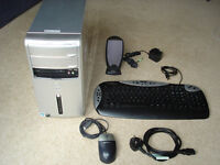 DELL Inspiron Desktop Computer System, Windows 7 complete with Keyboard, Mouse & Lead - VGC