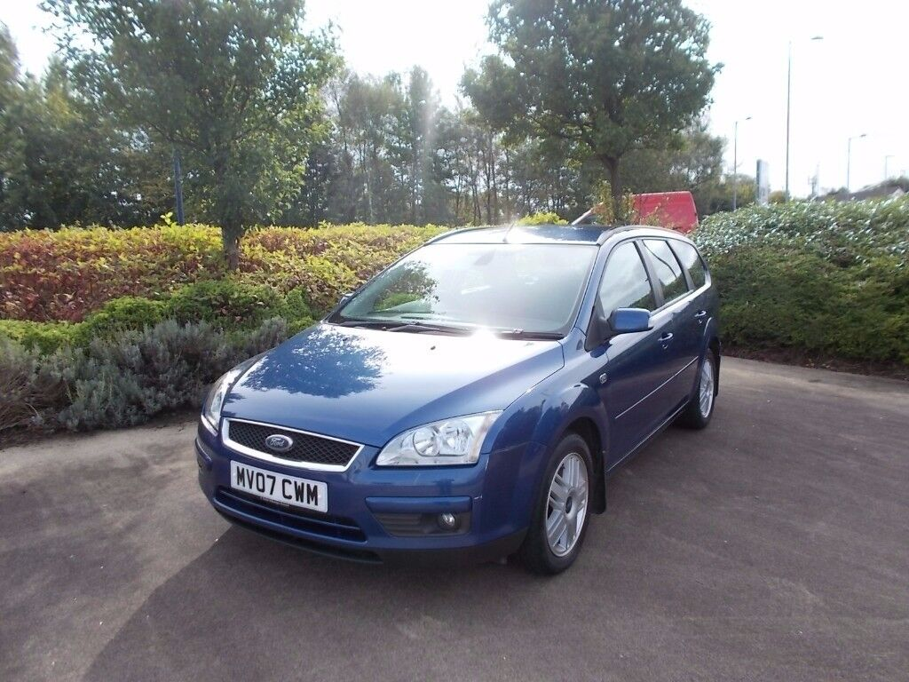 Ford Focus 2.0 i Ghia Estate 77000 miles fsh nice load of bills