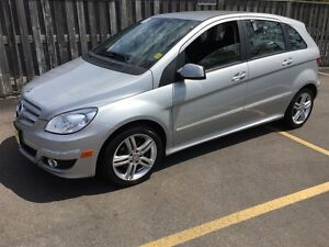 2011 Mercedes-Benz B-Class B200, Automatic, Heated Seats, Only 3