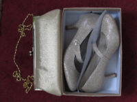 STUNNING Sparkly GOLD mid heels 5 PERFECT for ALL NIGHT dancing! and matching FARFALLA clutch bag!!