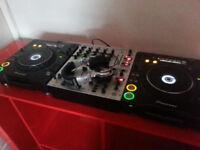 CDJ1000 MK3 Pair including mixer and headphones