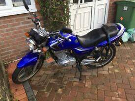 Suzuki EN125-2A 125cc Low Miles Full Service History New MOT and Service