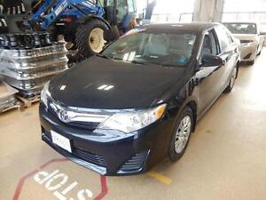 2013 Toyota Camry LE Fuel economy and comfort what a combination