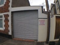 Garage to Rent in Canton - Full electrics with remote electric shutter