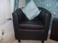 perfect condition tub chair