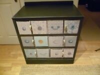 Chest of drawers, upcycled / shabby chic