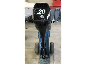 2012 Tohatsu MFS20CL  20hp pied long
