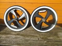 bmx black mag wheels with new white wall tyres bargain cheap bike BMX BMX BMX