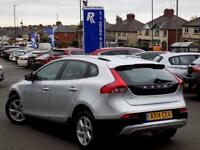 VOLVO V40 1.6 D2 CROSS COUNTRY SE 5dr 113 BHP ** Bluetooth + (silver) 2014
