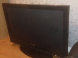 Samsung Tv 50 inch , broke for parts or easy fixed