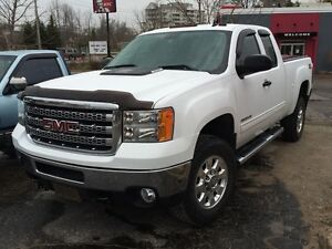 2012 GMC Sierra 2500 HD Extended Cab Very Low KM'S