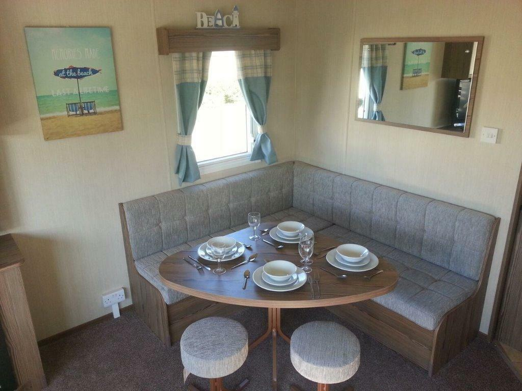 Simple Berth Pet Friendly Caravan For Hire Manor Park Hunstanton