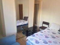 1 bed on suite room, BILL'S Included, Salford close to all amenaties, transport,Uni, city centre.