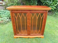 BRIGHTS OF NETTLEBED REPRODUCTION ANTIQUE GLAZED DISPLAY CABINET
