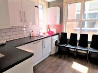Stunning Two Bedroom Flat in the Heart of Caversham with Parking, Recently refurbished