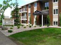 *INCENTIVES* 2 Bdrm w/ Balcony in Central Family Bldg ~ 172