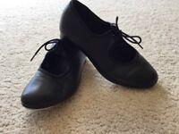 Children's black tap dance shoes size 1