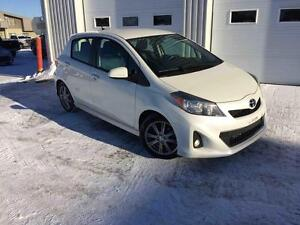 2012 Toyota Yaris VERSION SE
