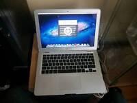 Apple MacBook air 13 core2duo 2gb 80gb hhd spares or repairs