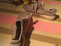 adidas yeezy trainers size 6