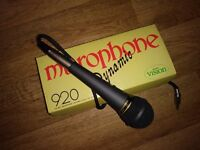 Boxed Dynamic soloist unidirectional moving coil microphone