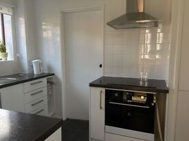 Double Room available in 2 Bedroom Shared House