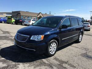 2016 Chrysler Town & Country Touring/CARPROOF CLEAN/BACKUP CAM/D