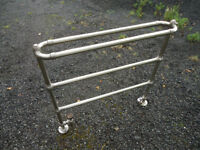 CENTRAL HEATING TOWELL RAIL FOR SALE Good Condition.