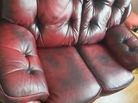 Oxford red 2seater and 2one seatsr lovely condition