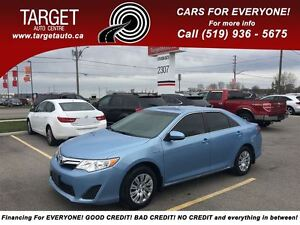 2012 Toyota CAMRY HYBRID LE Very Clean Great on Gas !!!!!!!!