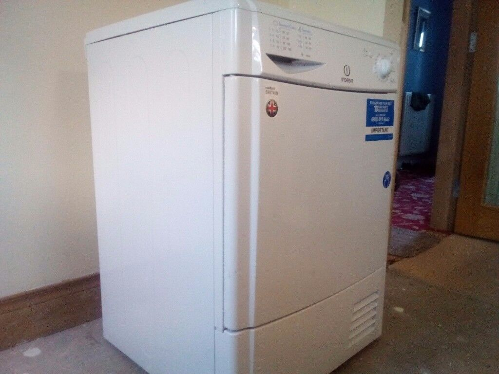 Tumble dryer only 3 months use bot new!!