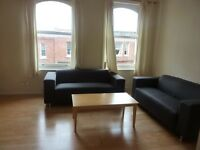 2 bedroom flat in Broadhurst Gardens, West Hampstead, NW6