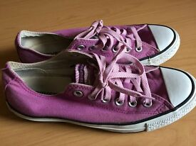 LADIES LIMITED EDITION CONVERSE TRAINERS. SIZE UK 5.5
