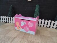 BEAUTIFUL CHILDREN'S BLANKET BOX CAN BE USED AS A STOOL AS WELL IN VERY GOOD CONDITION
